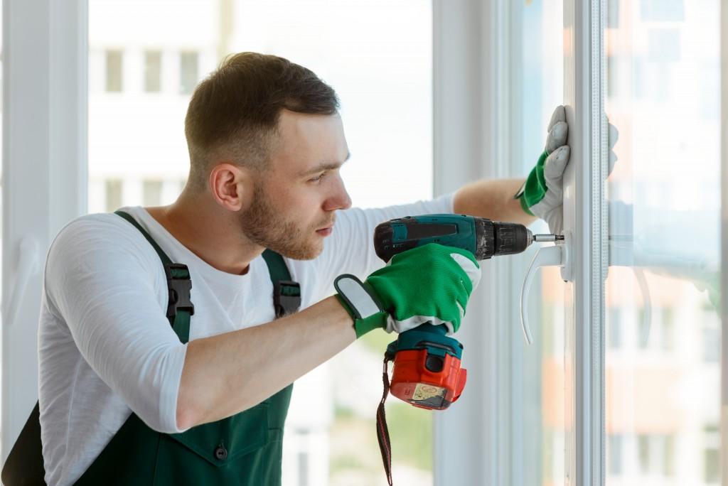 Man installing glass