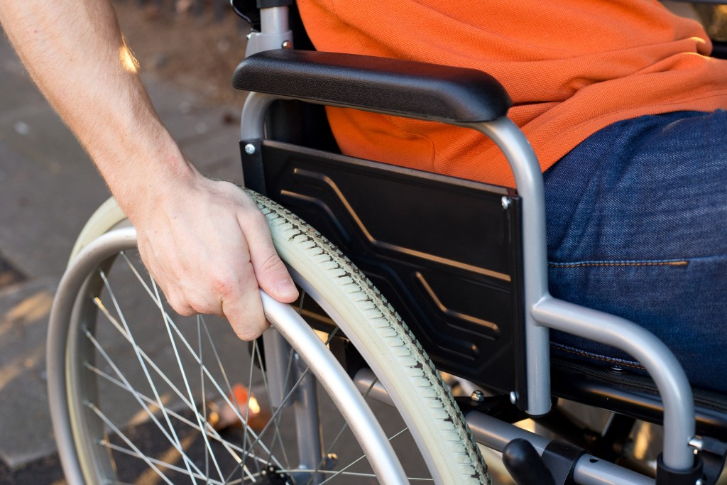 Ways to Encourage a Loved One to Use a Mobility Aid